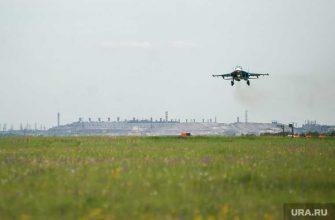 самолет разведчик США российские истребители перехватили Черное море су 27