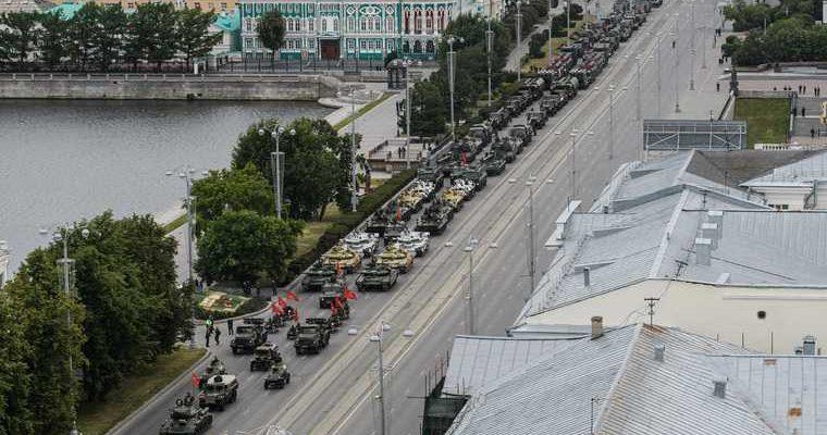 Николай Цуканов парад победы