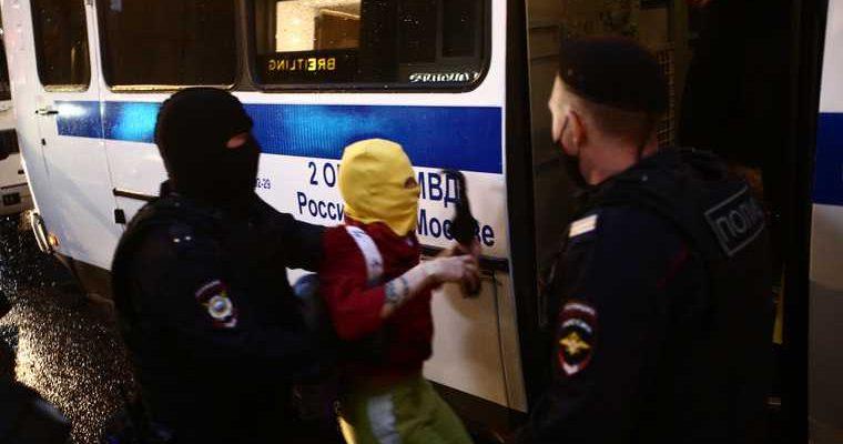 Задержания протестующих в Москве начались из-за перекрытия дороги
