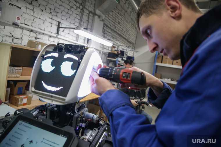 Подписание Соглашения о создании и поддержке Федерального центра робототехники на базе пермского технопарка «Морион Digital» и ООО «Промобот»Пермь