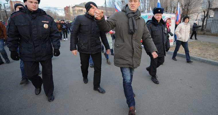Алексей Навальный отравление бутылка новичок последние новости