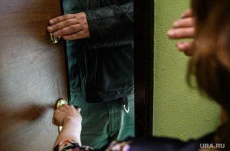 ХМАО сургут происшествия силовики ошиблись Марина Митрофанова устроили обыск вырвали дверь