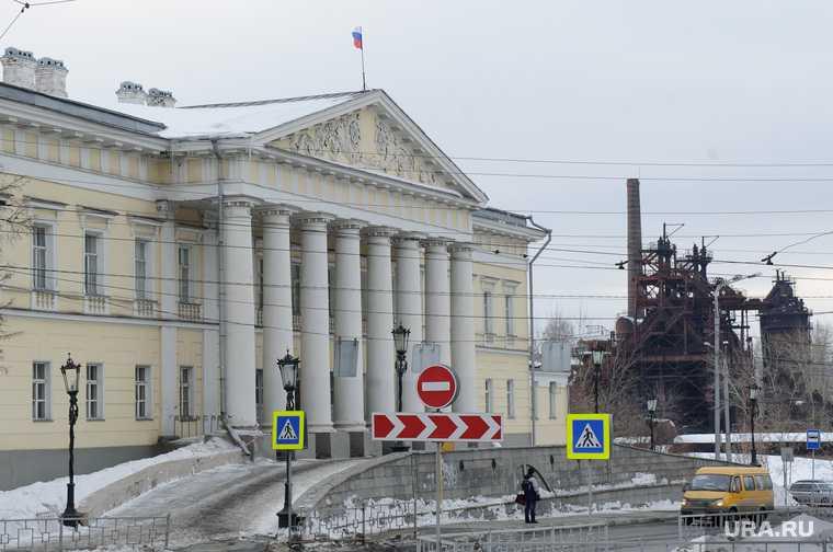 мост городской пруд Нижний Тагил Владислав Пинаев