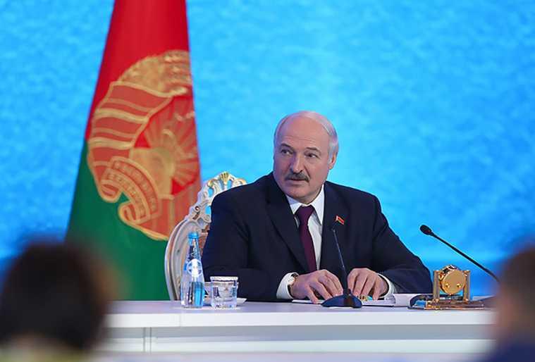Белоруссия выборы Александр Лукашенко передал пост президент глава НОК