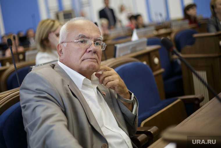 Определен главный конкурент главного кандидата на пост главы Перми — нового прокурора представили силовикам — программу подготовки наблюдателей изменили — осужден владелец хостела