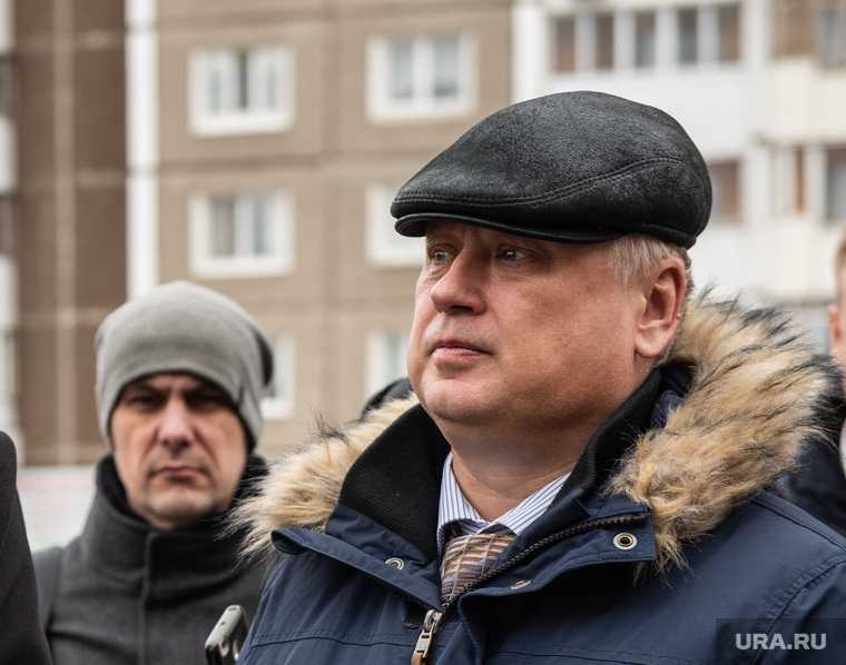 отставка Александра Лошакова