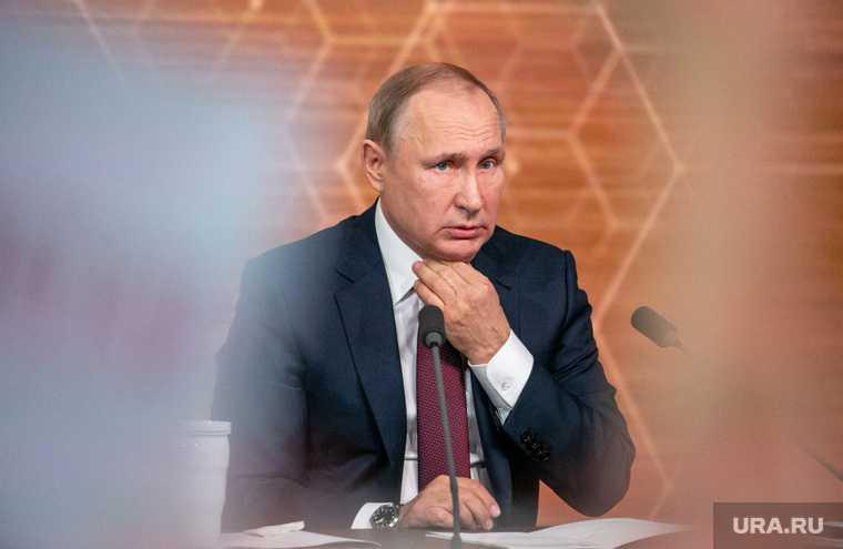 Байден начал угрожать Путину