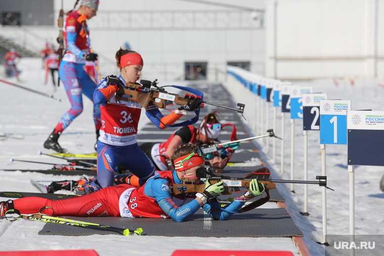 новости хмао отменили чемпионат россии перенесли старт по биатлону сорвались соревнования из-за мороза низких температур