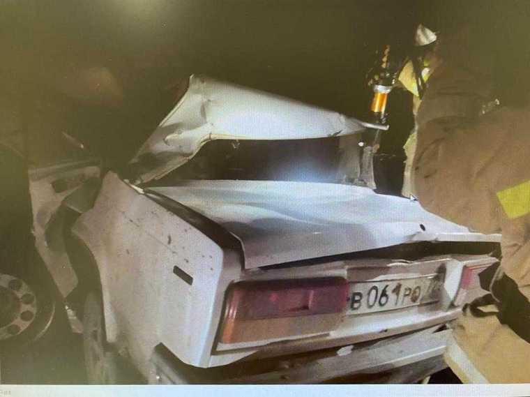 В Тюменской области в автокатастрофе погибли два человека. Фото