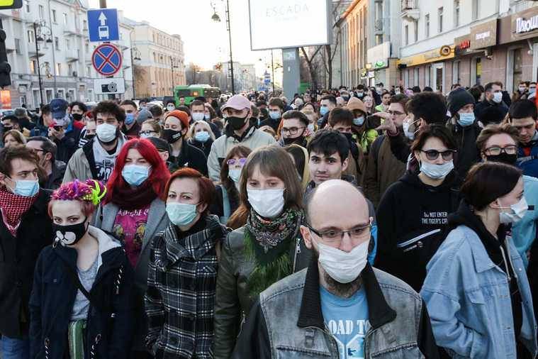 Полиция занизила число участников митинга за Навального в Тюмени