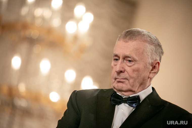 Жириновский предложил увеличить выходные