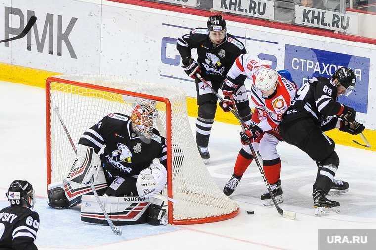 трактор Челябинск хоккеисты