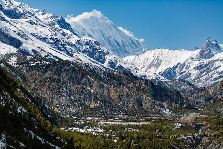 Челябинск туристы Непал Гималаи Эверест коронавирус авиасообщение