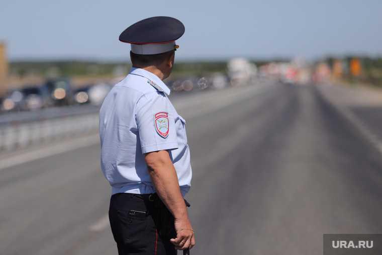 автоинспекторы спасли людей от пожара