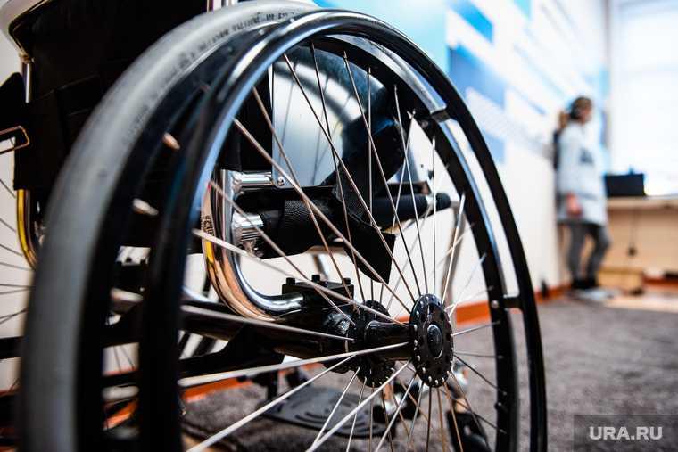 Как в Аромашевском районе поздравили детей-инвалидов