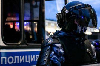 Полиция спецоперация ресторан Wooden Сургут ХМАО алкоголь ОМОН